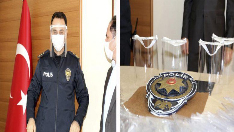 Ağrı ve Tunceli'de üretilen yüz koruyucu siperlikler polislere hediye edildi