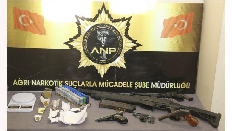 Ağrı'da Uyuşturucu Operasyonunda 15 Zanlı Tutuklandı