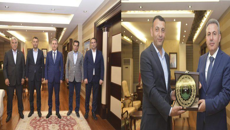 Vali Elban'a Ağrı'ya Hizmetleri Dolayısı İle Teşekkür Ettiler