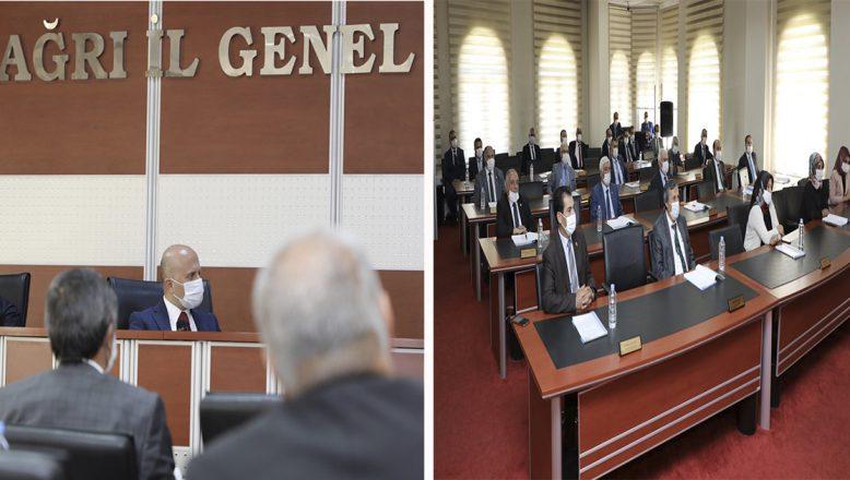 Vali Dr. Osman Varol, İl Genel Meclis Üyeleri ile bir araya geldi