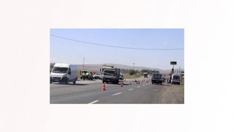 Ağrı'da kamyon altında kalan işçi hayatını kaybetti