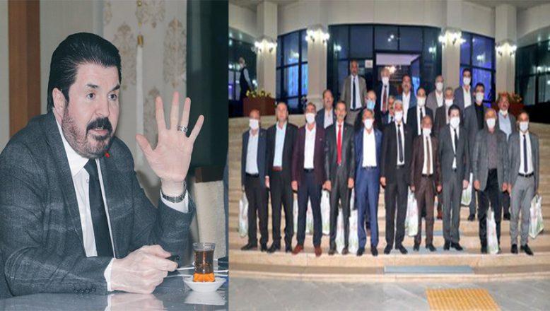 Başkan Sayan Muhtarlar GünüNedeniyle Muhtarlarla Bir Araya Geldi