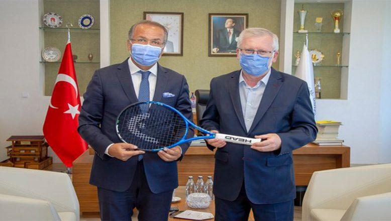 Türkiye Tenis Federasyonu Başkanı Durmuş'tan Rektör Alişarlı'ya Ziyaret