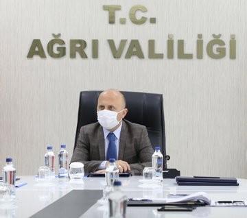 Vali Varol'un Başkanlığında Hayvan Pazarı Bilgilendirme ve Değerlendirme Toplantısı Yapıldı