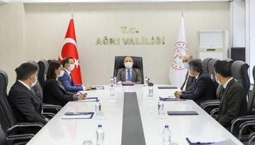 Vali Varol'un Başkanlığında, Gıdakent Projesinin Ele Alındığı Çalışma Grubu Toplantısı Düzenlendi