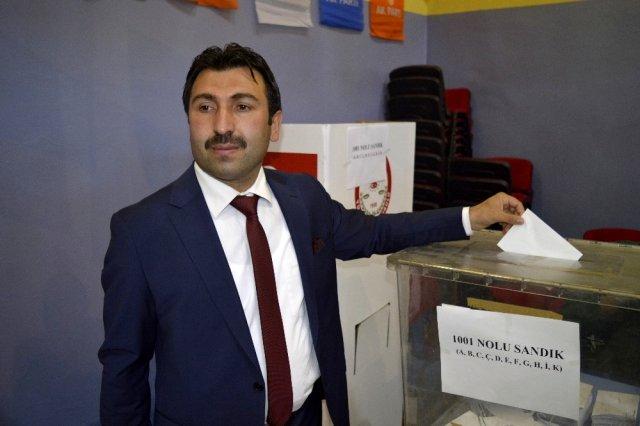 Ağrı AK Parti Merkez İlçe Başkanlığına Nuri Yıldız seçildi