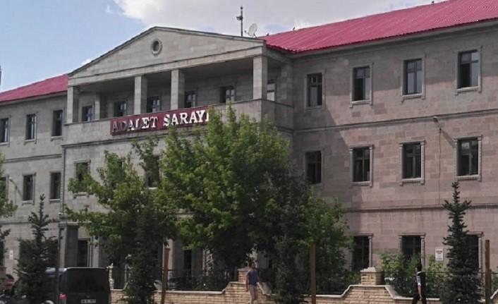 Ağrı'da  PKK/KCK  terör örgütüne ilişkin soruşturmada 2 kişi tutuklandı