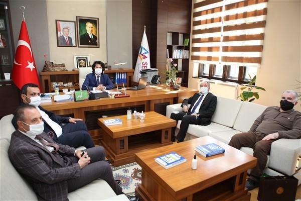 AİÇÜ Rektörü Karabulut Taşdemir'i ziyaret etti ve yeni bir projeye imza attılar