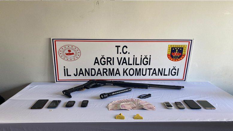 Ağrı'da Hayvan Hırsızlığı Zanlısı 5 Kişi Gözaltına Alındı