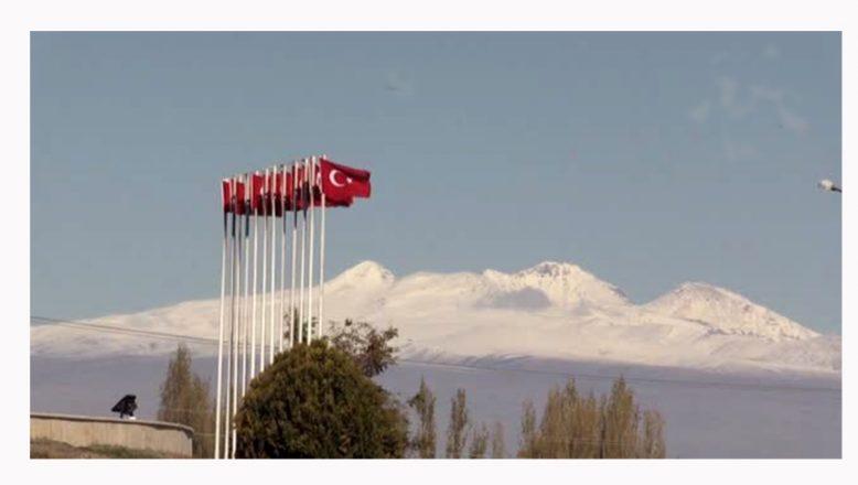 Türkiye'nin çatısı beyaz gelinliğini giydi