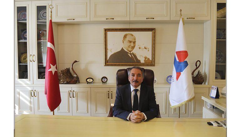 AİÇÜ Rektörü Prof. Dr. Abdulhalik KARABULUT'un Yeni Yıl Mesajı