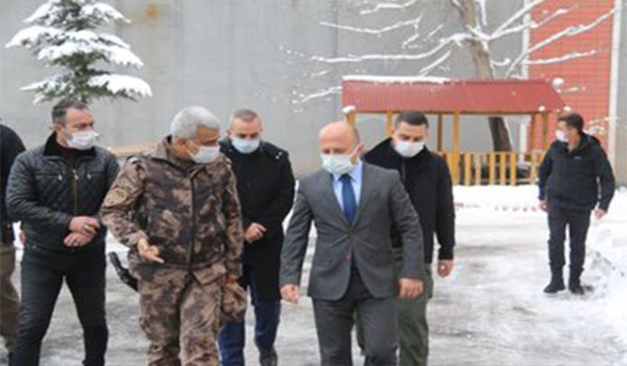 Vali Dr. Osman Varol, İl Emniyet Müdürlüğüne Bağlı Birimleri Ziyaret Etti
