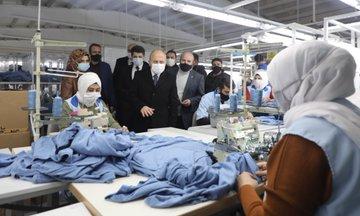 Vali Varol, Tekstilkent'te Faaliyet Gösteren Yeşim Tekstil'de İncelemelerde Bulundu