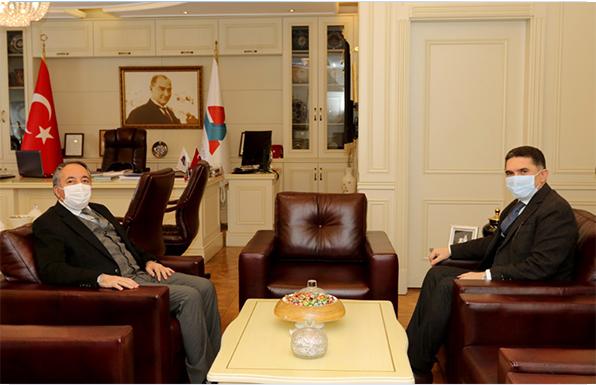 Ağrı Milletvekili Çelebi, AİÇÜ Rektörü Karabulut'u Ziyaret Etti