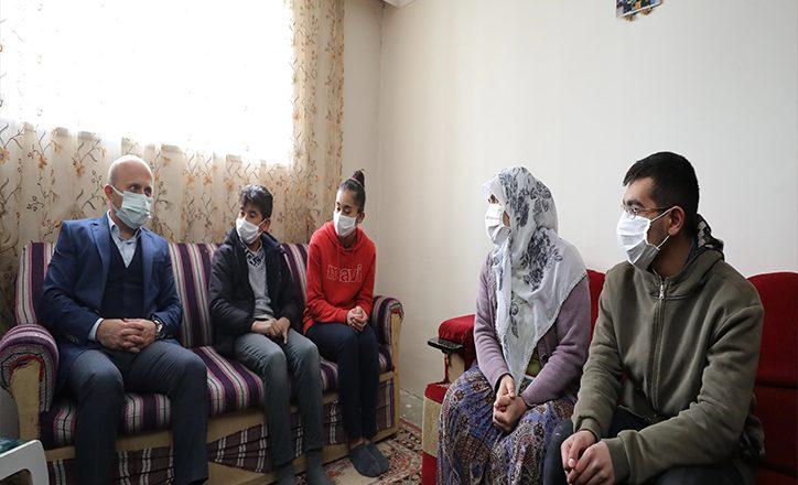 Vali Varol'dan Tunç Ailesine Ziyaret