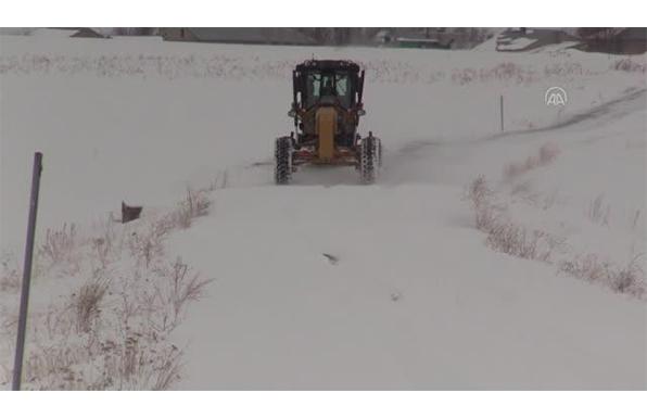 Ağrı'da Kar Kaplanları 24 Saat Görev Başında