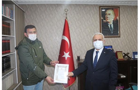 Ağrı'lı Hayırsever A.Bilgiç Arsasını Türkiye Diyanet Vakfı'na Bağışladı