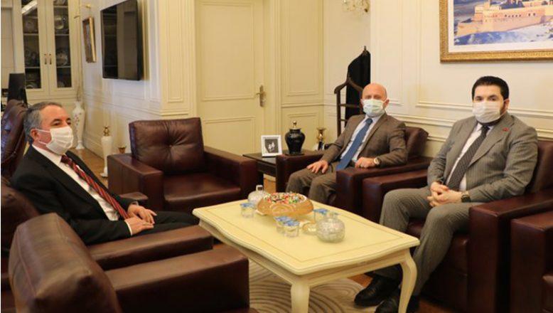 Vali Varol'dan, AİÇÜ Rektörü Prof. Dr. Abdulhalik Karabulut'a Ziyaret