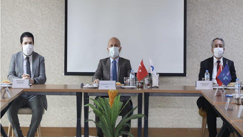 Vali Varol,İl İstihdam ve Mesleki Eğitim Kurulu Toplantısına Katıldı