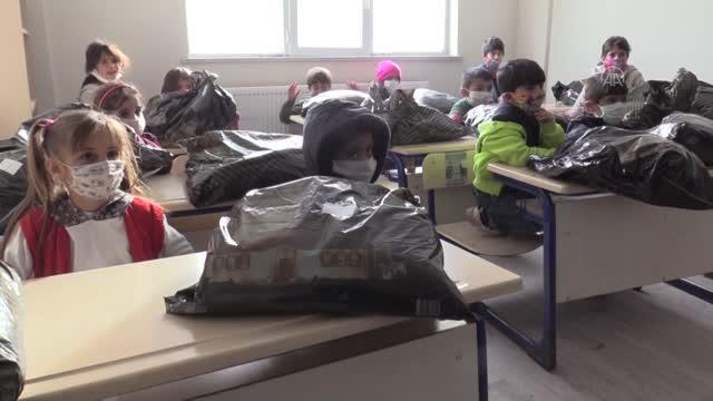 Avrupa'lı Türk İş Adamlarından, Ağrılı Çocuklara Yardım Eli