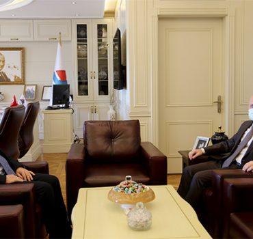 Ağrı Valisi Dr. Varol'dan, AİÇÜ Rektörü Karabulut'a Hayırlı Olsun Ziyareti