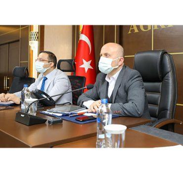 Vali Varol Başkanlığında Eğitim Öğretim Konulu Çalışma Grubu Toplantısı Düzenlendi