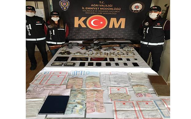 Ağrı'da Tefeci Operasyonunda 18 Kişiye Gözaltı