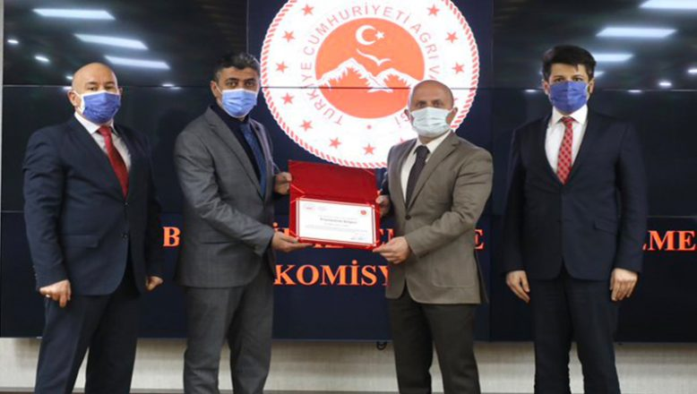"""Ağrı Valiliği ile Ahmed-i Hani Havalimanı Arasında """"Erişilebilirlik Protokolü"""" İmzalandı"""