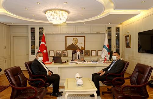 AİÇÜ Rektörü Karabulut'a Nezaket Ziyareti