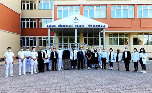 AİÇÜ Rektörü Prof. Dr. KARABULUT, Öğrencilerle Bir Araya Geldi