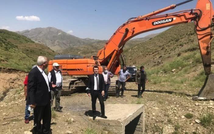 Kaymakam Duruk Çatkösedağ köyünde içme suyu iyileştirme çalışmalarını inceledi