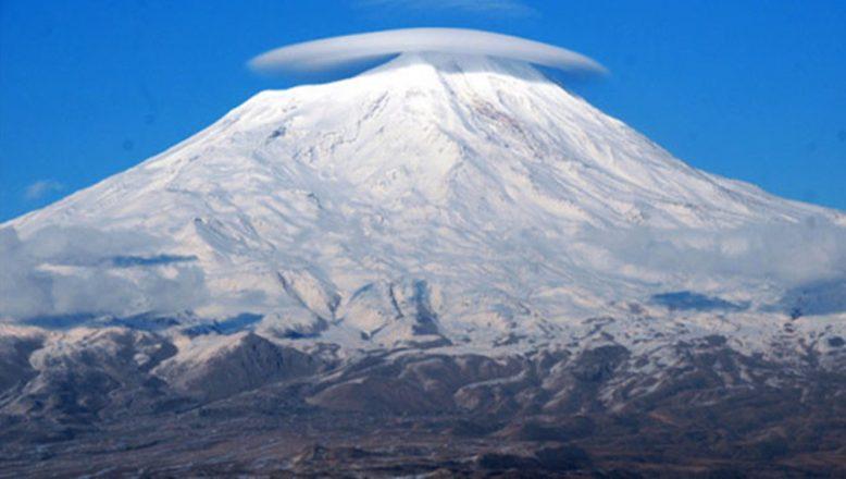 Ağrı Dağı Zirve Tırmanışlarına Açıldı