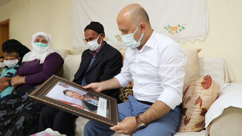 Ağrı Valisi Dr. Osman Varol'dan Şehit Ailelerine Ziyaret