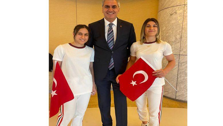 Ağrılı iki kız kardeş Tokyo'da Türkiye'yi temsil edecek