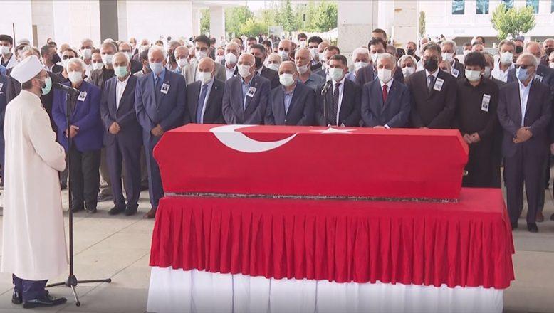 Eski Sağlık Bakanı Yaşar Eryılmaz son yolculuğuna uğurlandı