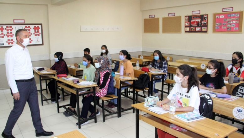 Ağrı Milli Eğitim Müdürü Kökrek, Tutak 'da Okullarda  İncelemelerde Bulundu