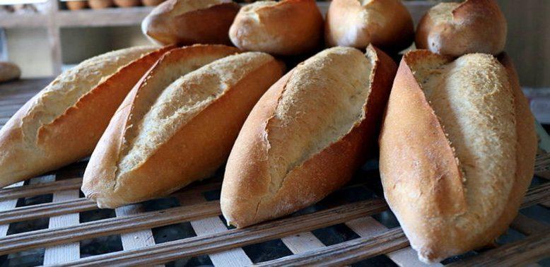 Ağrı'da ekmek zammına vatandaşlar tepkili