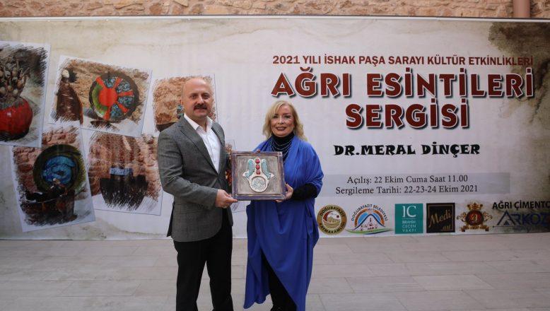 Ağrı Valisi Dr. Osman Varol, Ağrı Esintileri Sergisi'ne Katıldı
