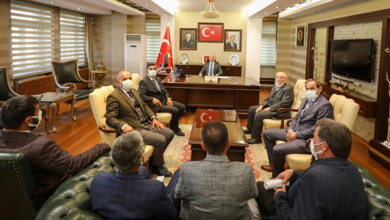 Ağrı Valisi Dr. Osman Varol muhtarların sorun ve taleplerini dinledi