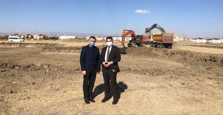 Milletvekili Ekrem Çelebi, Tıp Fakültesi Binası'nın kazı çalışmalarına başlanıldığını müjdeledi
