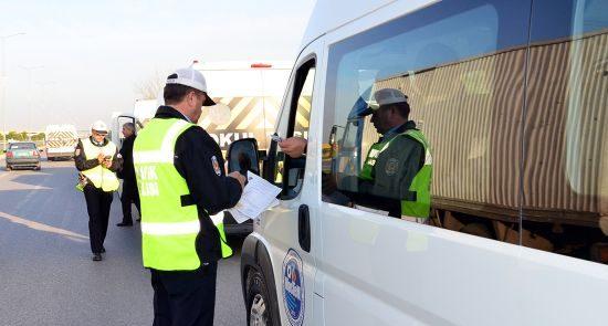 Ağrı İl Emniyet Müdürlüğü Trafik Birimleri servis araçlarını denetledi